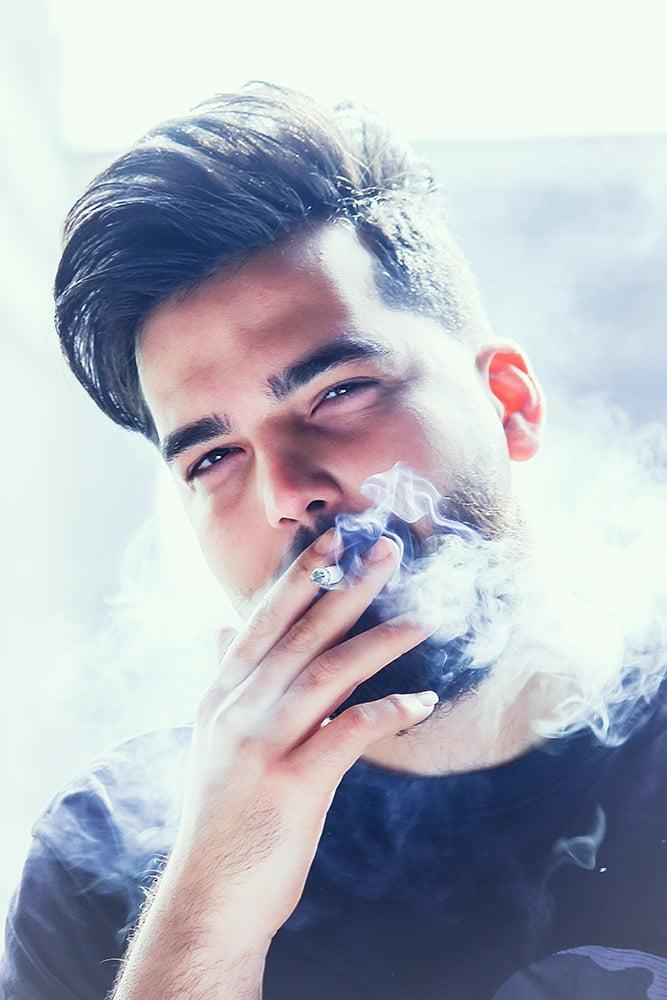 عکاسی پرتره آقایان با سیگار